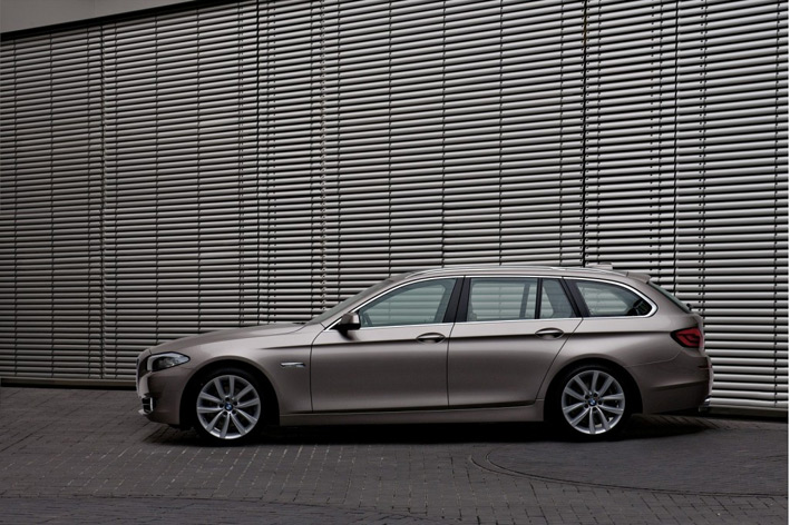 2011-bmw-5-series-touring бмв 5 универсал