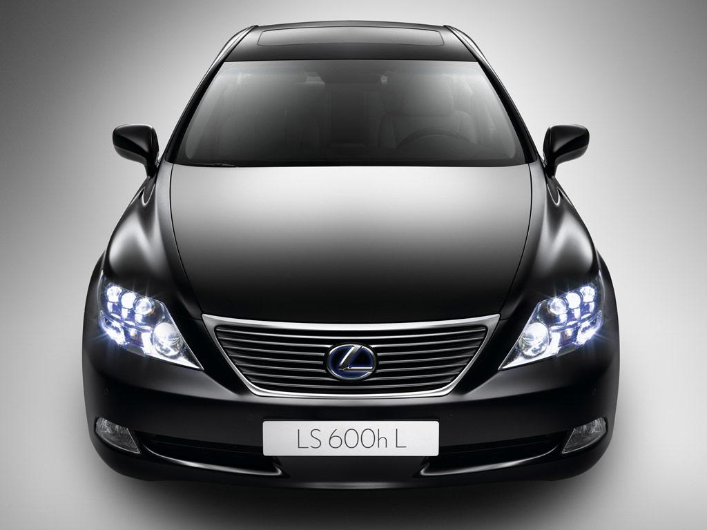 Lexus LS ММАС 2010