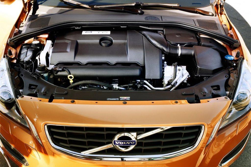 Volvo V60_1 вольво